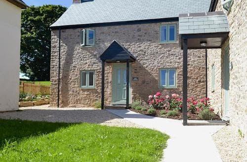 Big Cottages - Beautiful Wells Cottage S60903