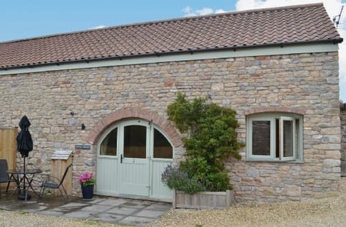 Last Minute Cottages - Cosy Weston Super Mare Cottage S20324