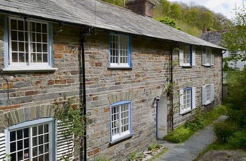 Last Minute Cottages - Quaint Boscastle Cottage S20404