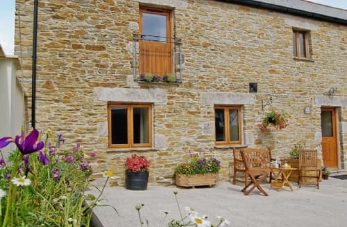 Last Minute Cottages - Inviting Boscastle Cottage S20425