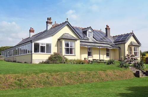 Big Cottages - Superb Bude Cottage S20439