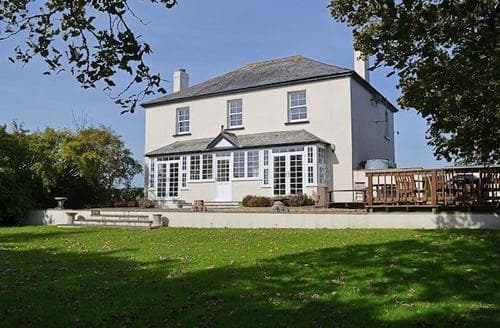 Last Minute Cottages - Cosy Bude Cottage S20474