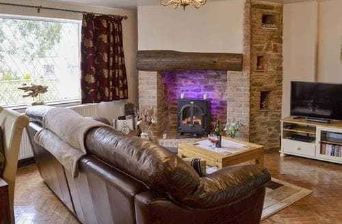 Last Minute Cottages - Stunning Crackington Haven Cottage S95227