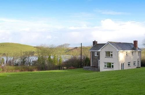 Big Cottages - Inviting Padstow Cottage S20673