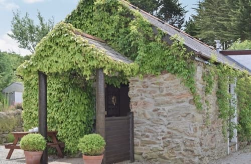 Last Minute Cottages - Cosy Perranporth Cottage S20704