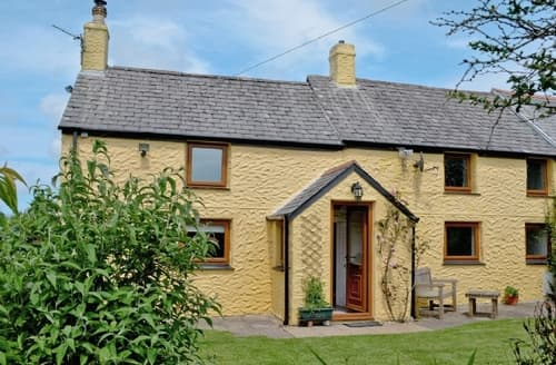 Last Minute Cottages - Charming Perranporth Cottage S20721