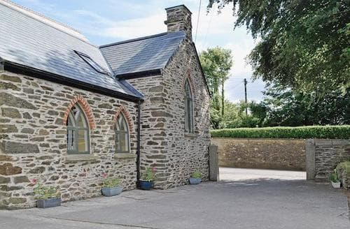 Last Minute Cottages - Luxury Saltash Cottage S21110