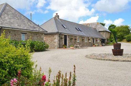 Last Minute Cottages - Delightful Truro And The Roseland Peninsula Cottage S21182