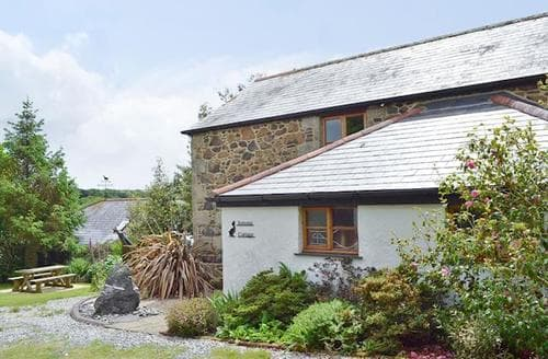 Last Minute Cottages - Wonderful Helston And The Lizard Peninsula Cottage S21201