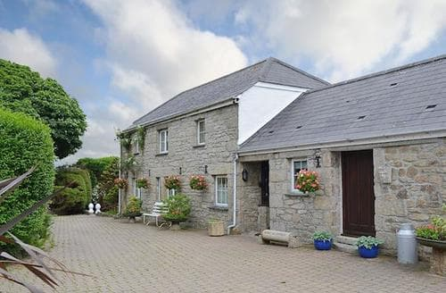 Last Minute Cottages - Lovely Helston And The Lizard Peninsula Cottage S21208