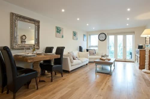 Last Minute Cottages - Beautiful St Ives Apartment S113584