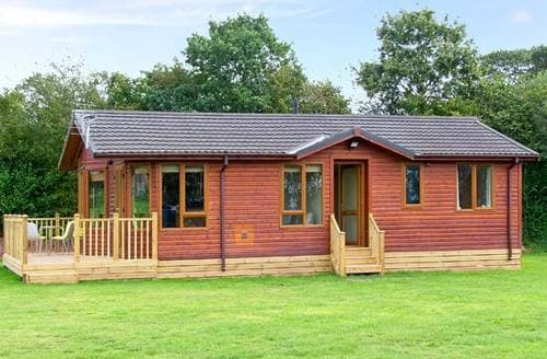 Last Minute Cottages - Gorgeous Market Drayton Lodge S2597