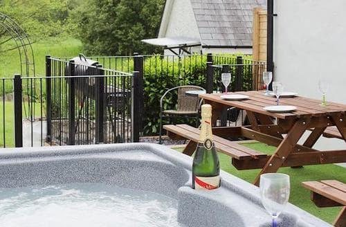 Big Cottages - Wonderful Llandeilo Lodge S78811