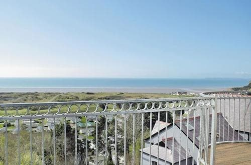 Last Minute Cottages - Adorable Laugharne And Llansteffan Apartment S50207