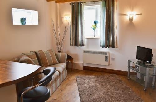 Last Minute Cottages - Beautiful Llangollen Cottage S22039