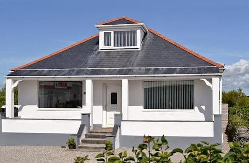 Big Cottages - Exquisite Holyhead And Trearddur Bay Cottage S60615