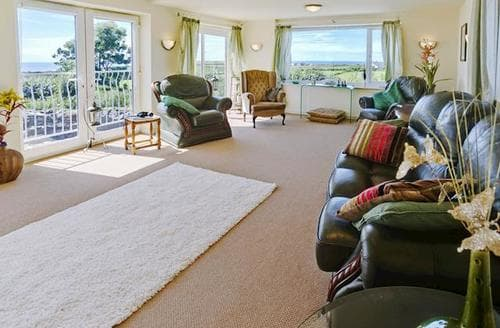Big Cottages - Charming Holyhead And Trearddur Bay Cottage S79792