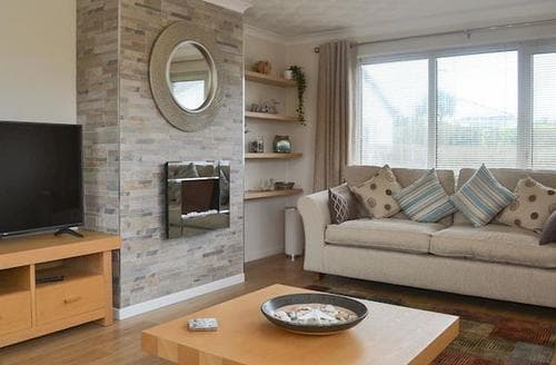 Big Cottages - Adorable Holyhead And Trearddur Bay Cottage S98140
