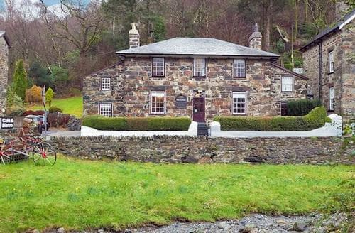Last Minute Cottages - Attractive Beddgelert Cottage S22191