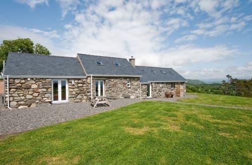 Last Minute Cottages - Lovely Criccieth Cottage S22245