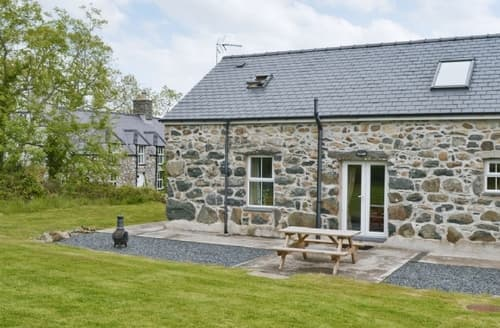Last Minute Cottages - Attractive Pwllheli Cottage S37429