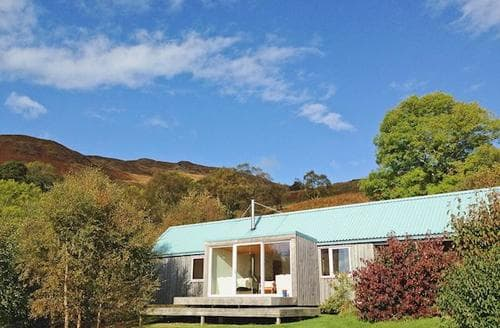 Last Minute Cottages - Quaint Acharacle Cottage S22570