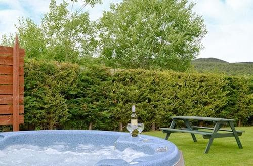 Last Minute Cottages - Charming Aviemore Cottage S22652