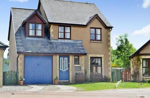 Big Cottages - Beautiful Aviemore Cottage S60923