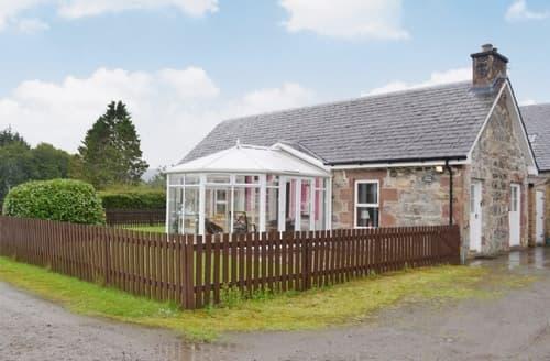 Last Minute Cottages - Quaint Beauly Lodge S42000