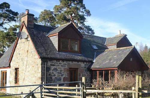 Last Minute Cottages - Gorgeous Beauly Cottage S44165