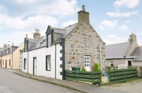 Last Minute Cottages - Excellent Buckie Cottage S22800