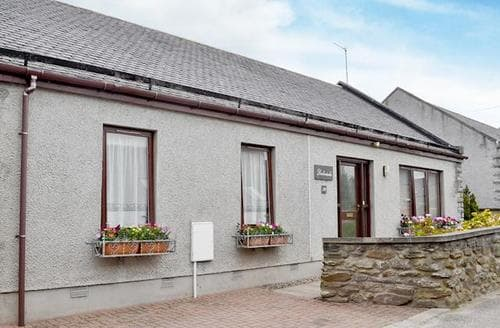 Last Minute Cottages - Charming Buckie Cottage S22807