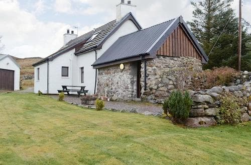 Last Minute Cottages - Wonderful Gairloch Cottage S49937