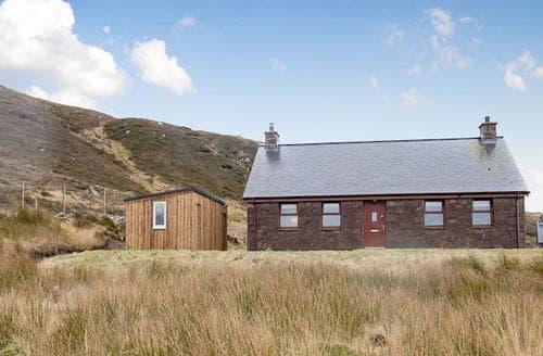 Last Minute Cottages - Quaint Gairloch Cottage S78890