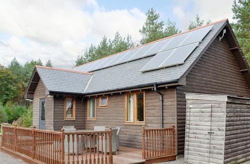 Last Minute Cottages - Tasteful Banchory Lodge S22920