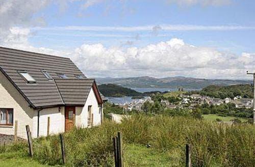 Last Minute Cottages - Luxury Tarbert Cottage S23168