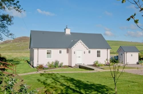Last Minute Cottages - Luxury Tarbert Lodge S39640