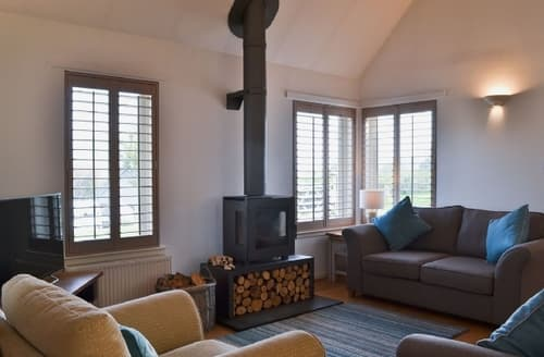 Big Cottages - Stunning Pitlochry Lodge S23430