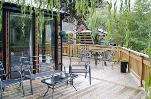 Last Minute Cottages - Beautiful Pitlochry Lodge S92665