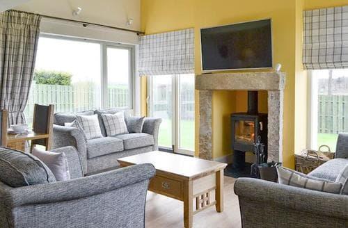 Big Cottages - Adorable Biggar Cottage S78423