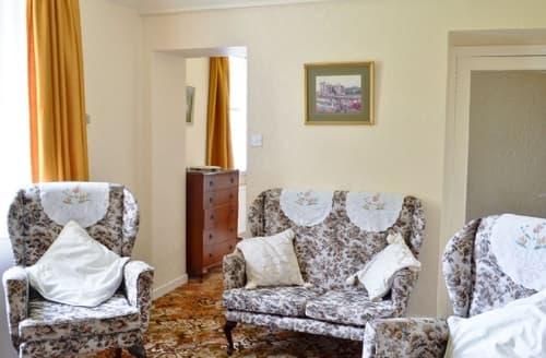 Last Minute Cottages - Charming Skelmorlie Cottage S23521