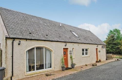 Last Minute Cottages - Quaint Glasgow Cottage S23537
