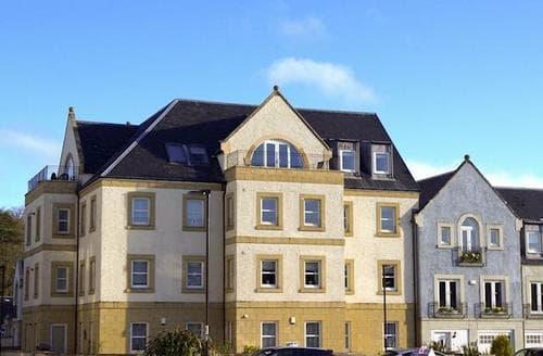 Last Minute Cottages - Beautiful Glasgow Apartment S50088