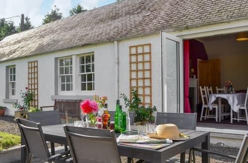 Last Minute Cottages - Stunning Jedburgh Cottage S121246