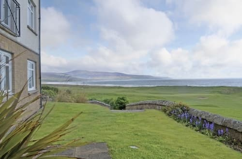 Last Minute Cottages - Charming Brora Apartment S69648