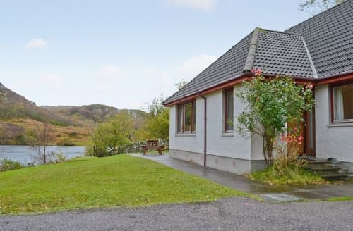 Last Minute Cottages - Quaint Lochinver Cottage S24360