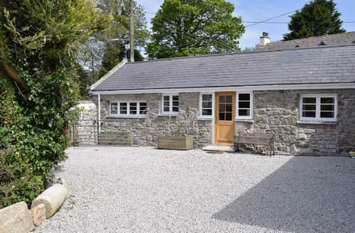 Last Minute Cottages - Adorable Redruth Apartment S37547