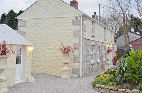 Last Minute Cottages - Tasteful Hayle Cottage S43557