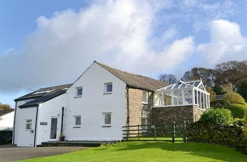 Last Minute Cottages - Luxury Bowness On Windermere Cottage S24409