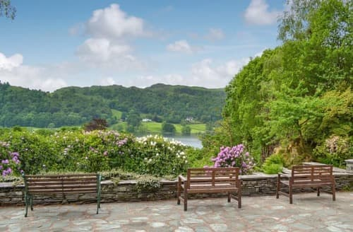 Last Minute Cottages - Stunning Grasmere And The Langdale Valley Apartment S24433